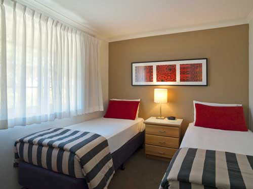 Medina Serviced Apartments Canberra (sleeps up to 8)