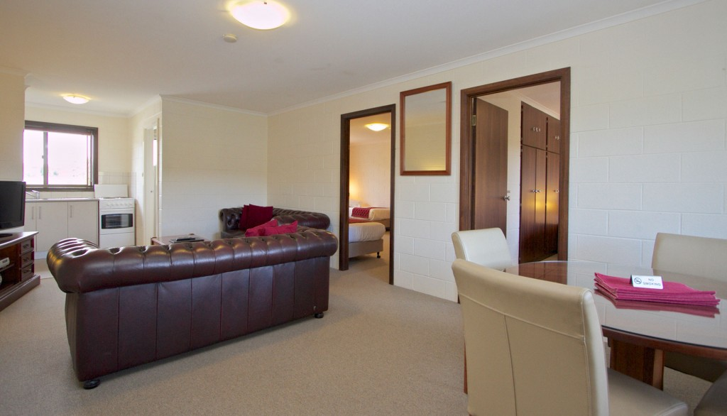 Hobart: Grosvenor Court Apartments (sleeps up to 8)