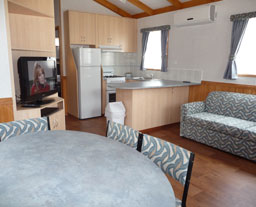 Victor Harbor Holiday and Cabin Park (sleeps up to 8)